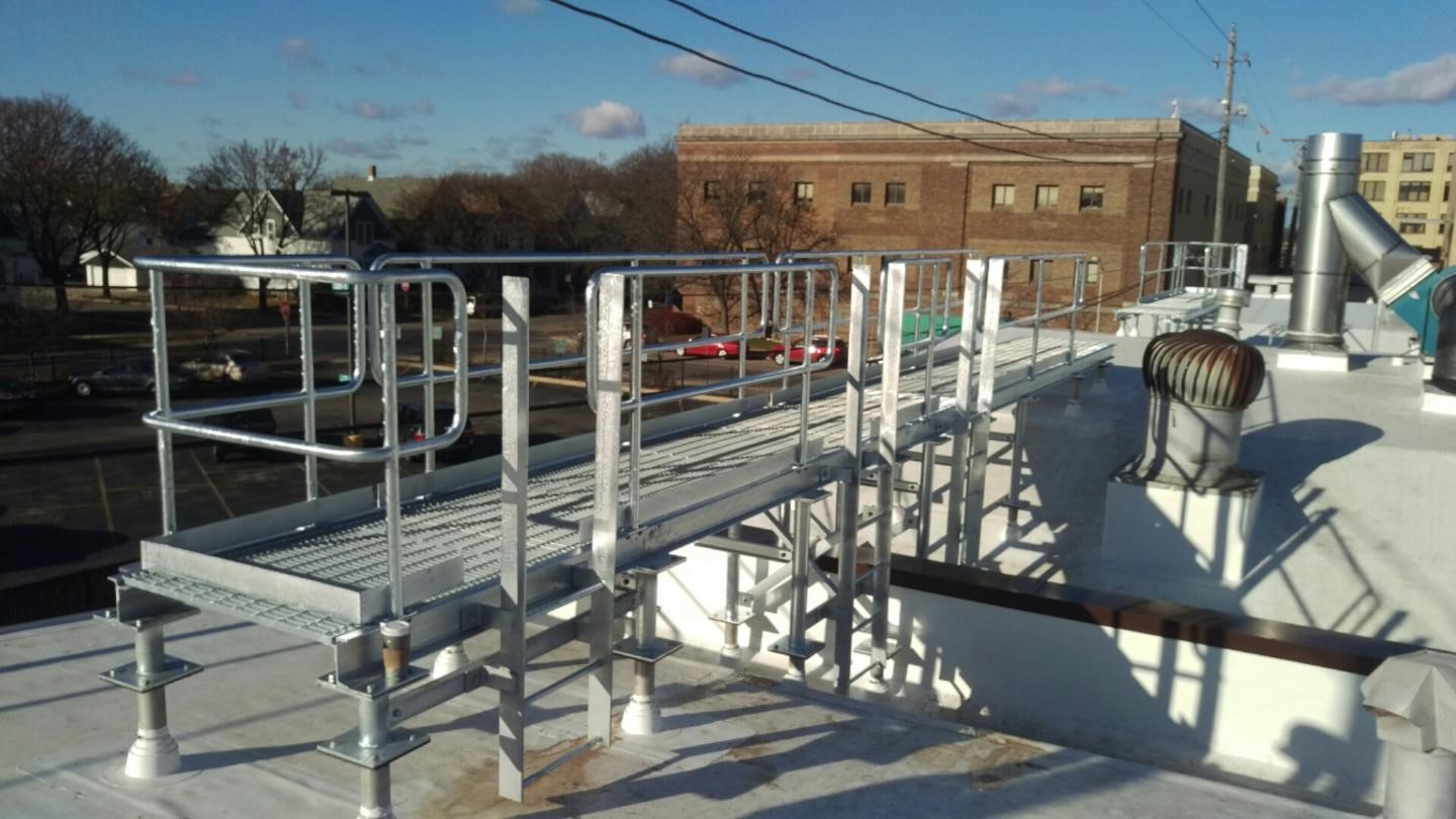 Hot dipped galvanized cat walk